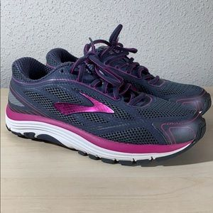Brooks Dyad 9 Athletic Shoes - Women's Size 7.5